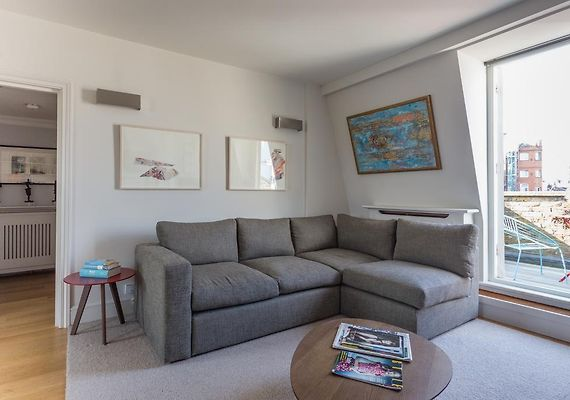 ONEFINESTAY - NOTTING HILL APARTMENTS, LONDON *****